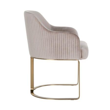 Hadley világos khaki bársony fotelszék arany lábakkal - 81 cm